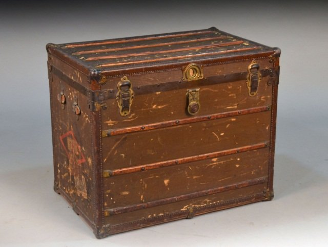 Becker's Leather Goods Co. Steamer Trunk