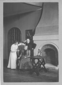 Kaminzimmer Hohnsen - Gertrud - Ernst - Tante Zachariae
