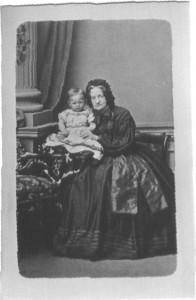 Emilie Meyer,geb.Küchenthal mit Robert