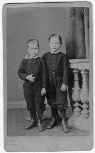 Rolf und Bruder Ernst Becker