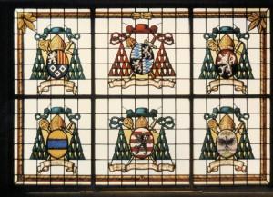 Glasfenster Wappen der Fürstbischöfe