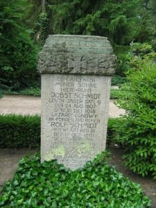 Gedenkstein für die Söhne Schmidt