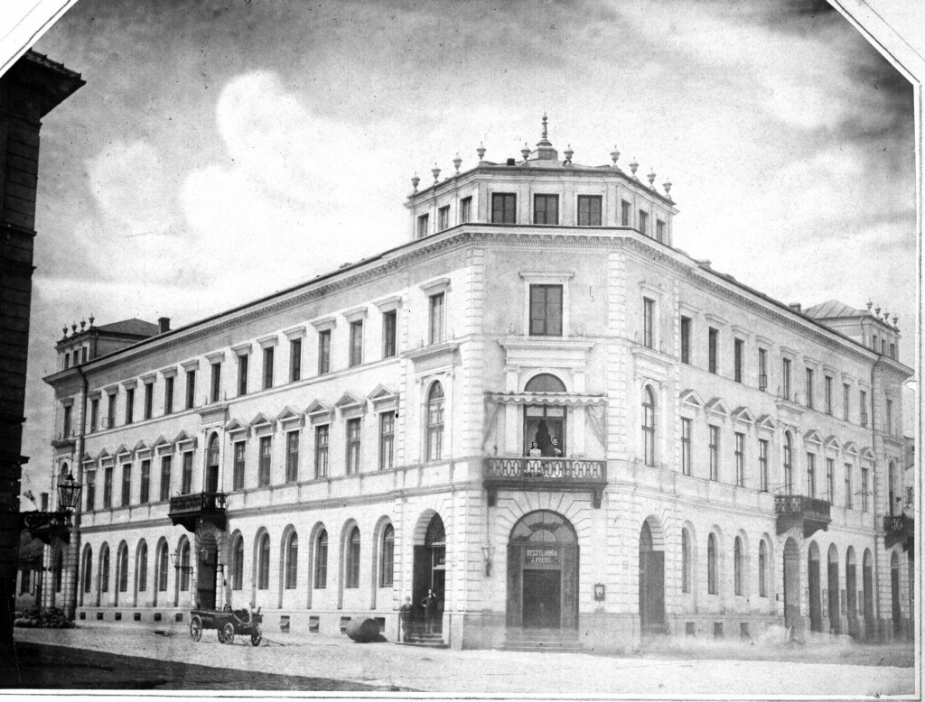 Wohn- und Geschäftshaus am Alexanderplatz - Warschau