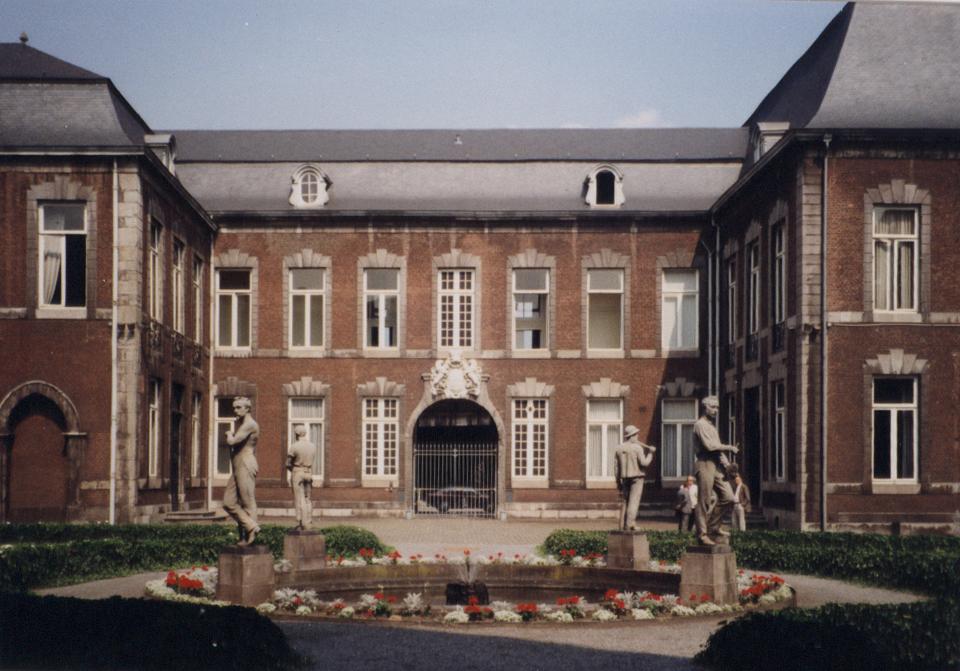 Seraing - Innenhof -1